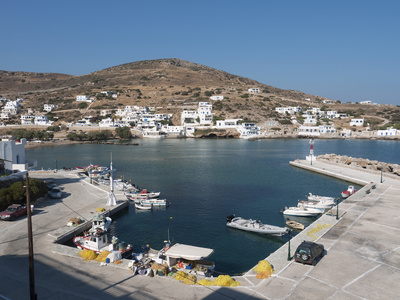 Port of Sikinos